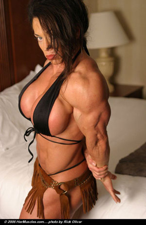Wendy Mc Master Canadian Newcomer Rocks The Bodybuilding ...